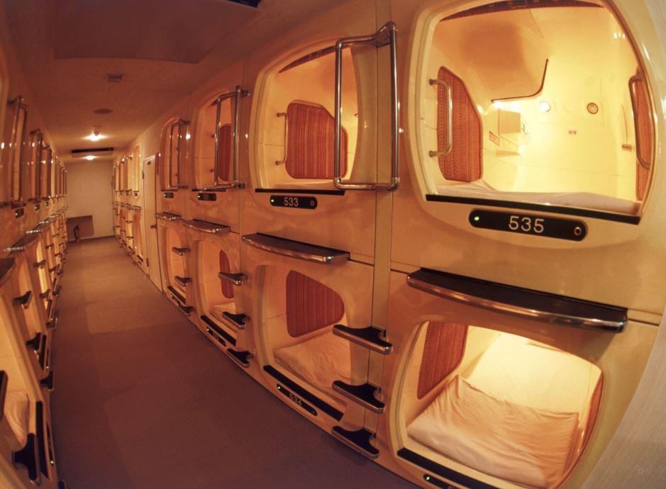 hotel tematico capsula