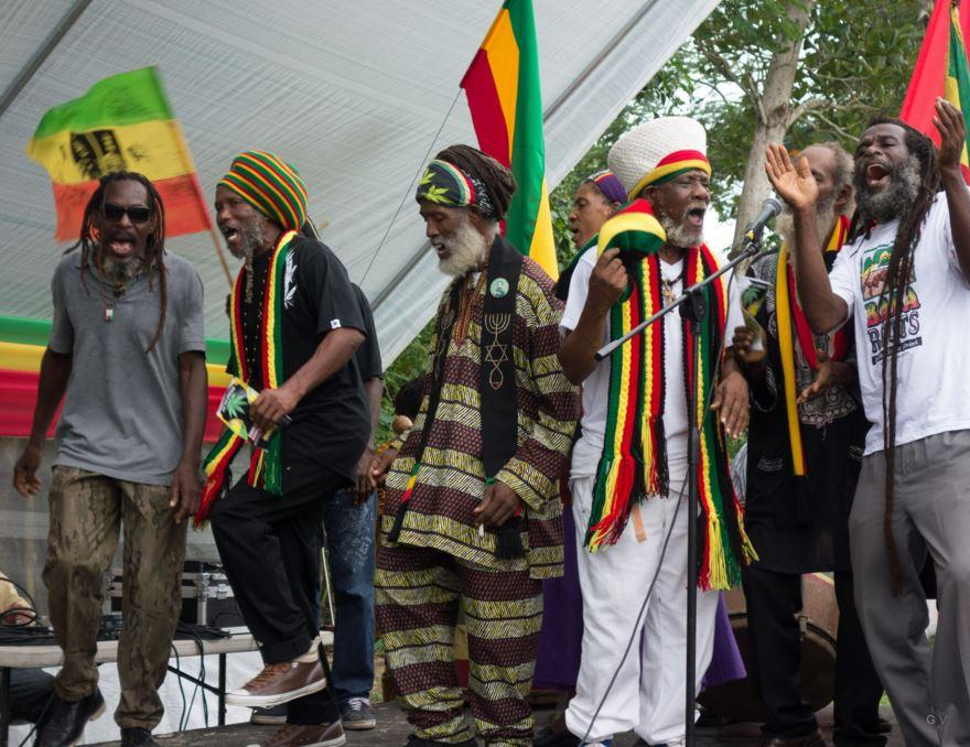 a history of rastafarianism a religious movement A brief history of rastafarianism lyndsey kilifin read on as culture trip charts the fascinating history of this culturally significant religious movement.