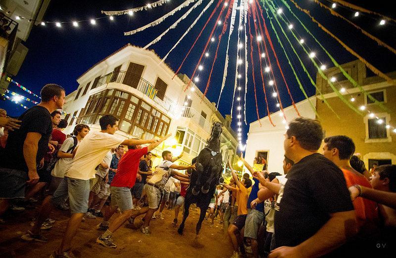 menorca ciudad fiestas