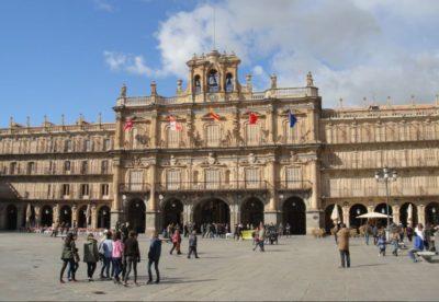 Donde alojarse en Madrid cerca de Salamanca