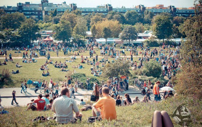 parque mauerpark berlin