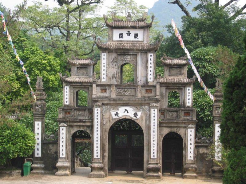 entrada pagodas hanoi
