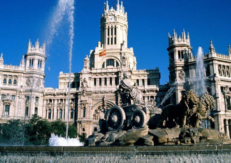 lugares-romanticos-visitar-madrid-fuente-de-cibeles