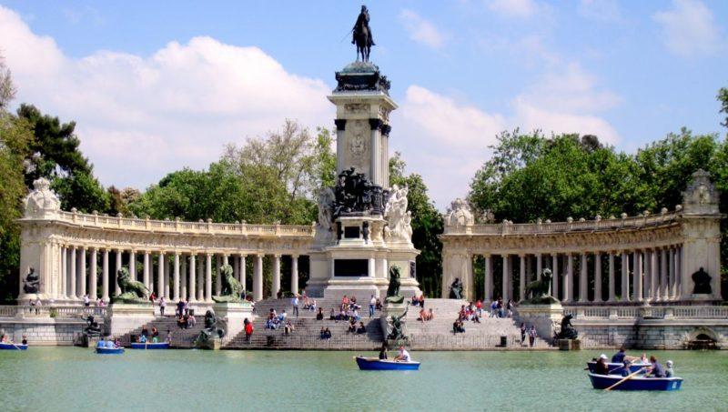 lugares-romanticos-visitar-madrid-parque-el-retiro