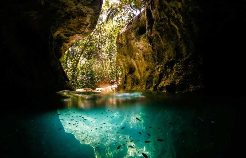 Cuevas Actun Tunichil Muknal en Belice