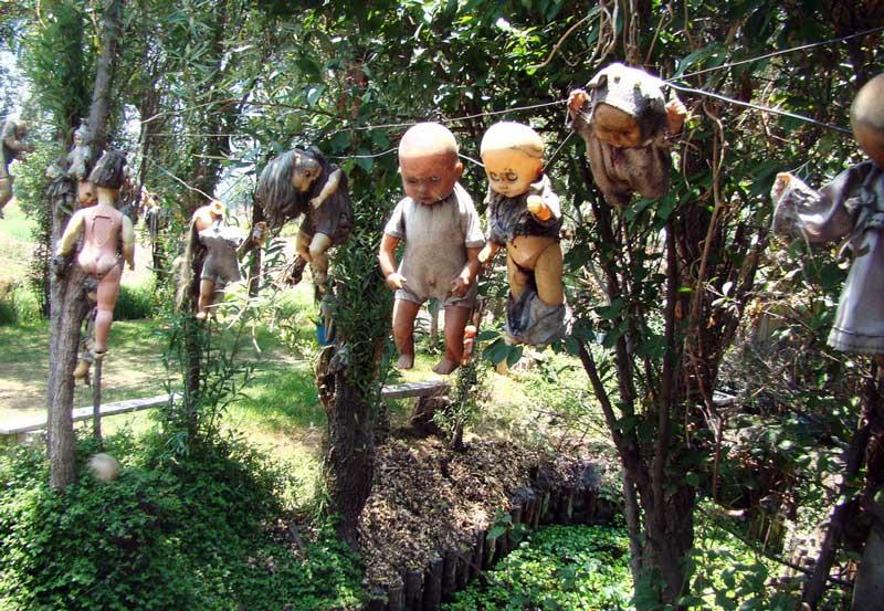 La escalofriante Isla de las Muñecas de Mexico