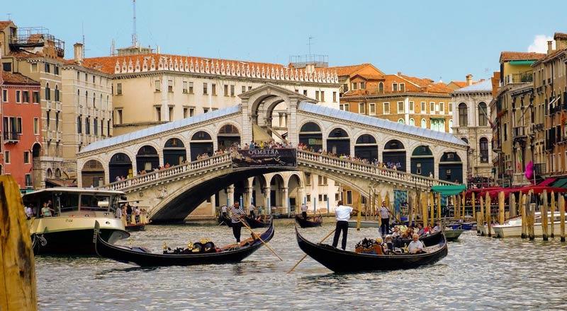 Puente Rialto - El puente más famoso de Venecia